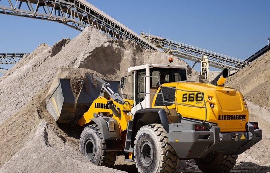 NEW LIEBHERR WHEEL LOADERS WITH POWERSPLIT TRANSMISSION